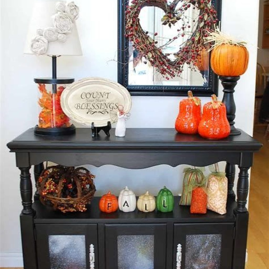 Cheap And Easy Fall Entryways Decoration For Your House 05