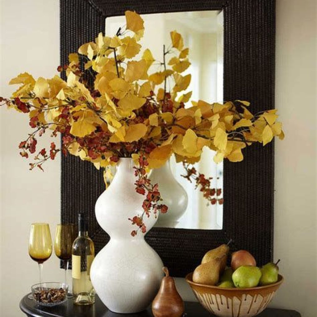 Cheap And Easy Fall Entryways Decoration For Your House 13
