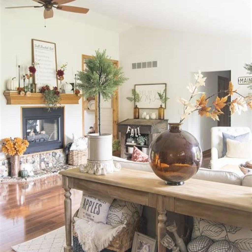 Cheap And Easy Fall Entryways Decoration For Your House 16