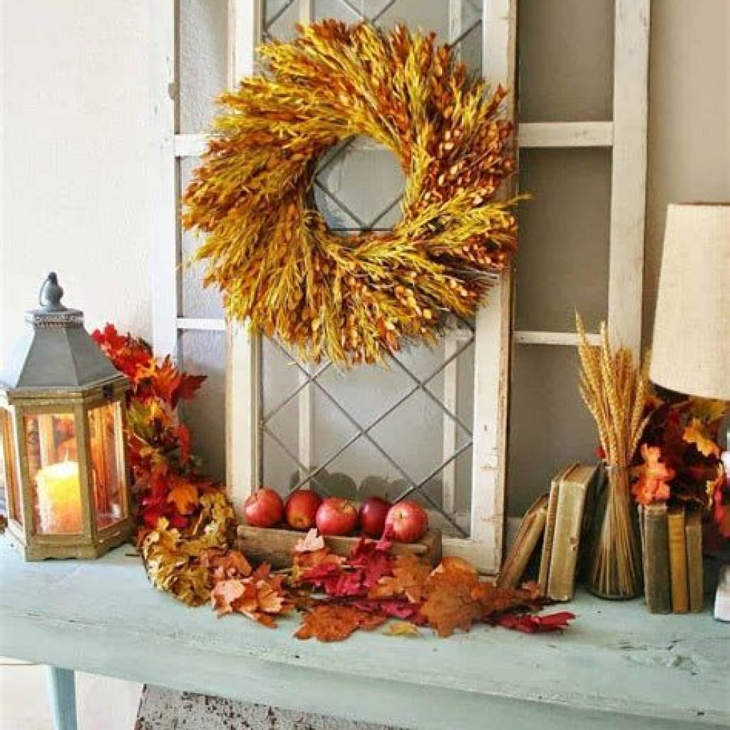 Cheap And Easy Fall Entryways Decoration For Your House 19