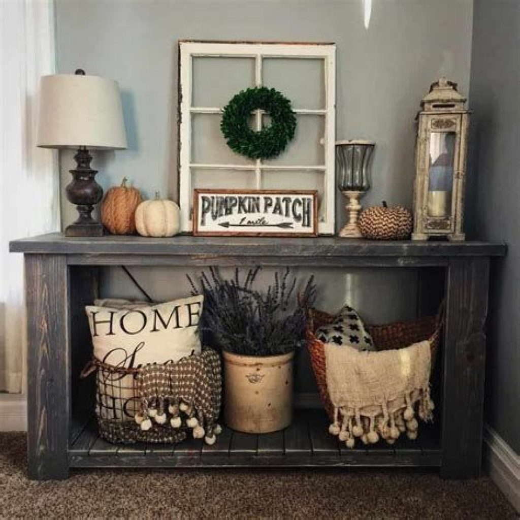 Cheap And Easy Fall Entryways Decoration For Your House 28