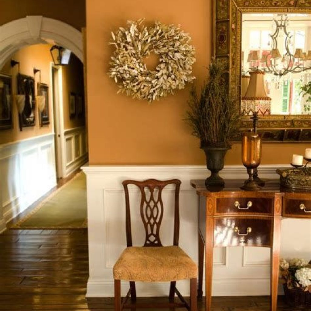 Cheap And Easy Fall Entryways Decoration For Your House 32