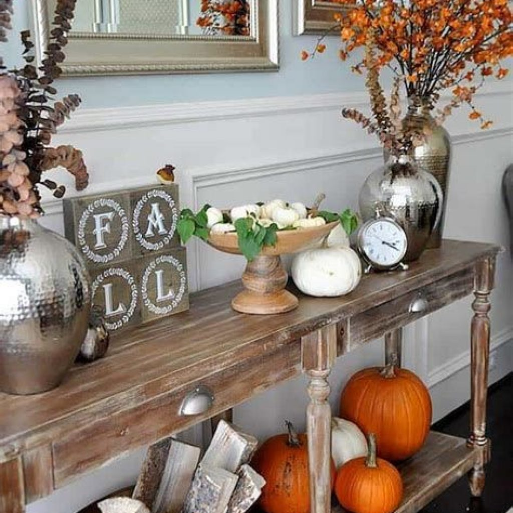 Cheap And Easy Fall Entryways Decoration For Your House 40