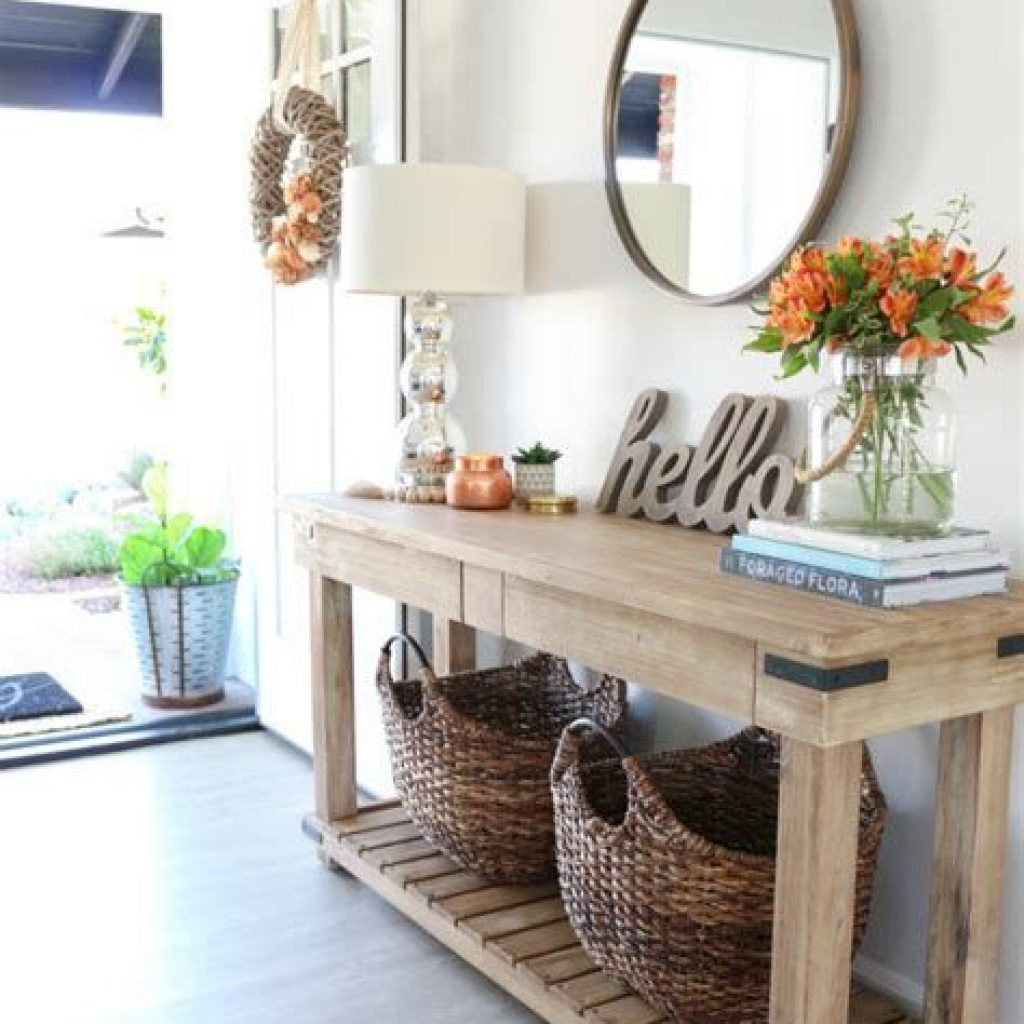 Cheap And Easy Fall Entryways Decoration For Your House 43