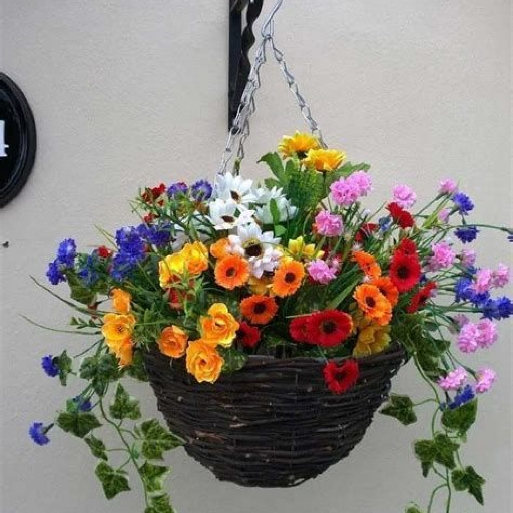 Creative Blooming Hanging Baskets For Garden Year Round 26