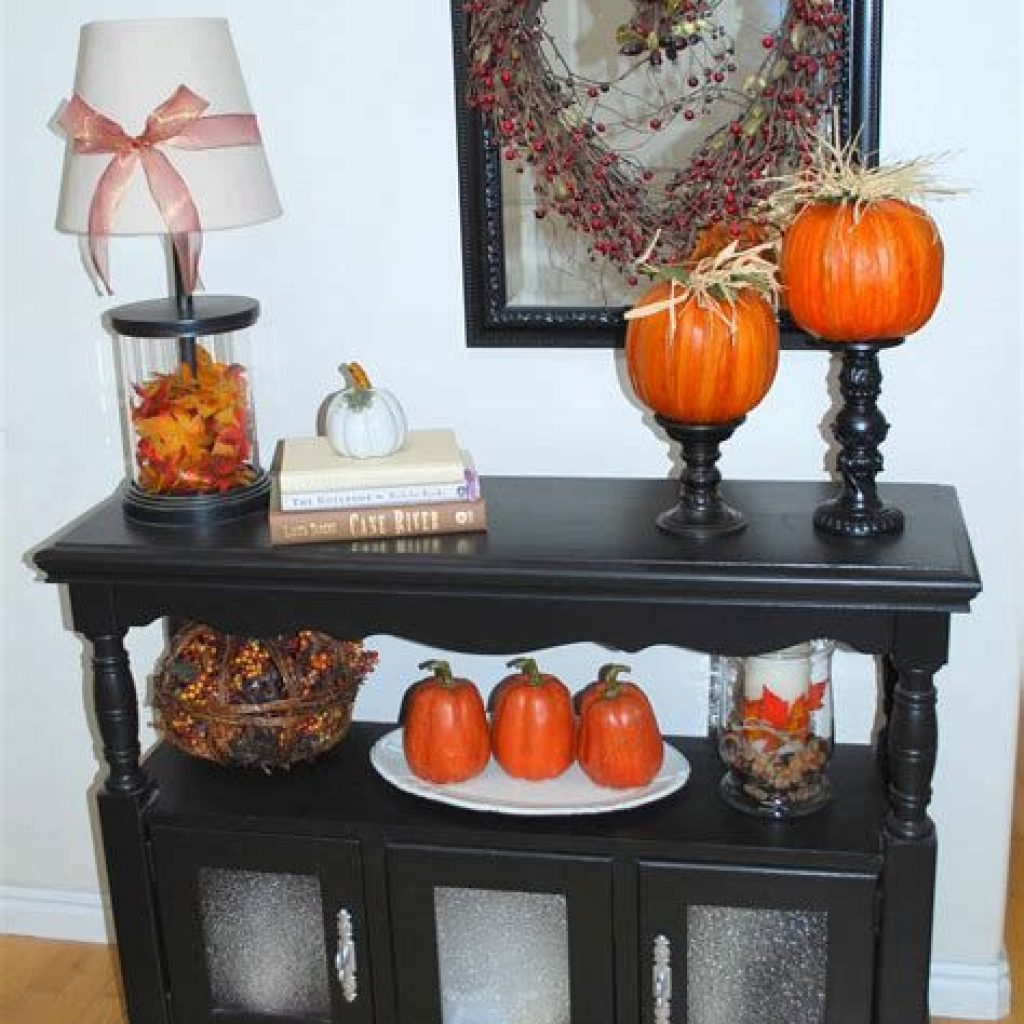 Creative Fall Decorating For Your Home Interior 04