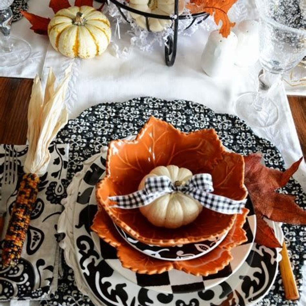 Creative Fall Decorating For Your Home Interior 06
