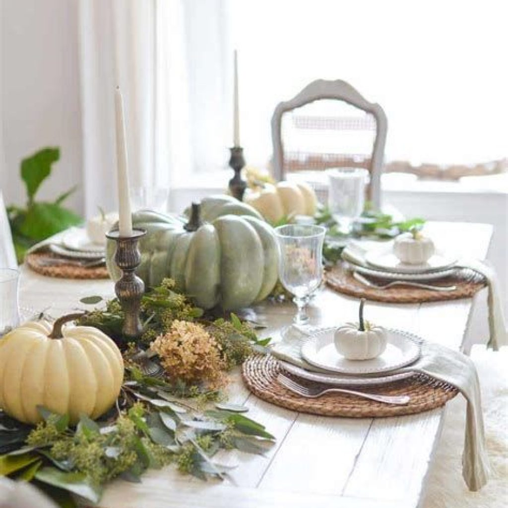 Creative Fall Decorating For Your Home Interior 14