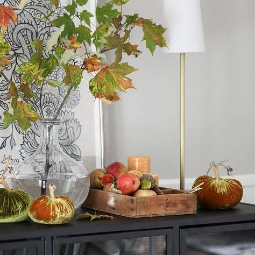 Creative Fall Decorating For Your Home Interior 18