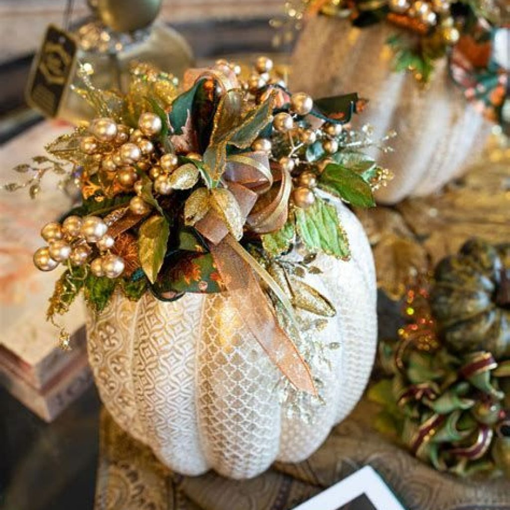 Creative Fall Decorating For Your Home Interior 25