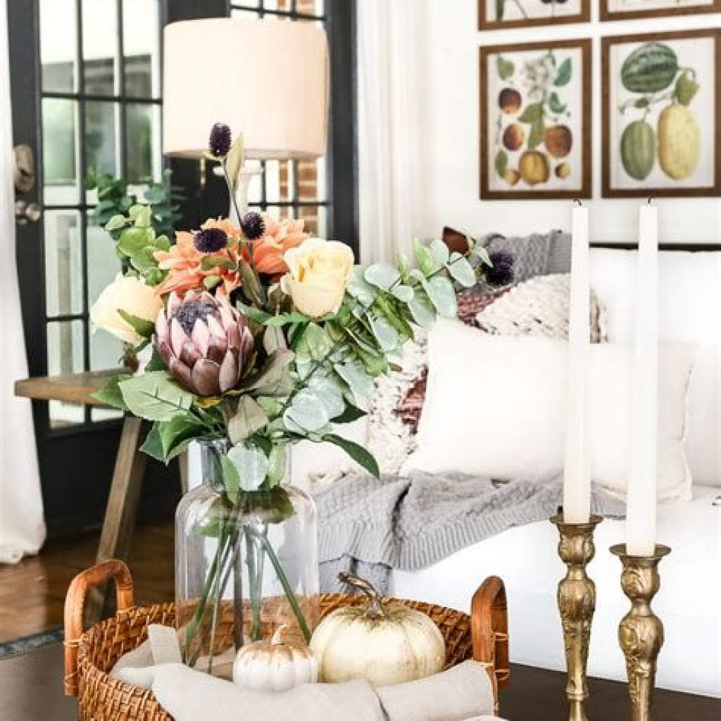 Creative Fall Decorating For Your Home Interior 41