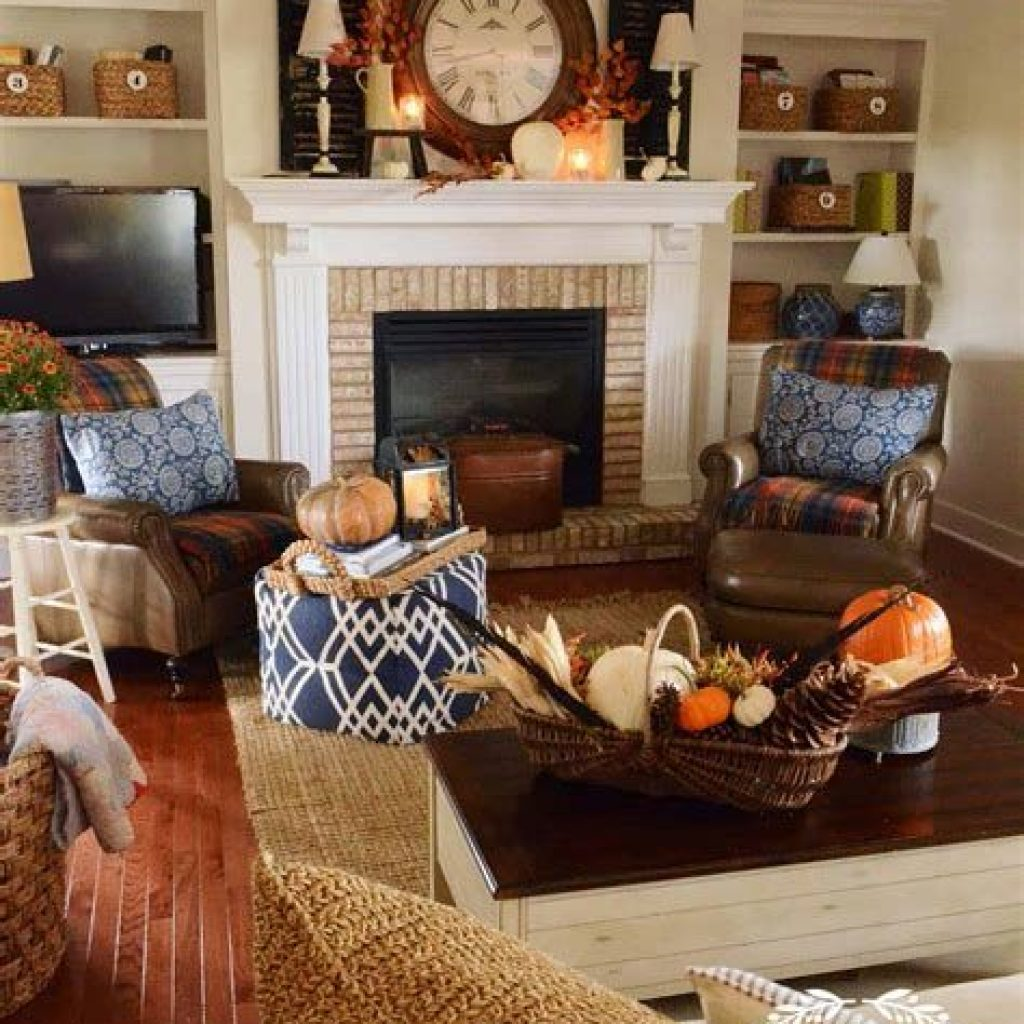 Creative Fall Decorating For Your Home Interior 43