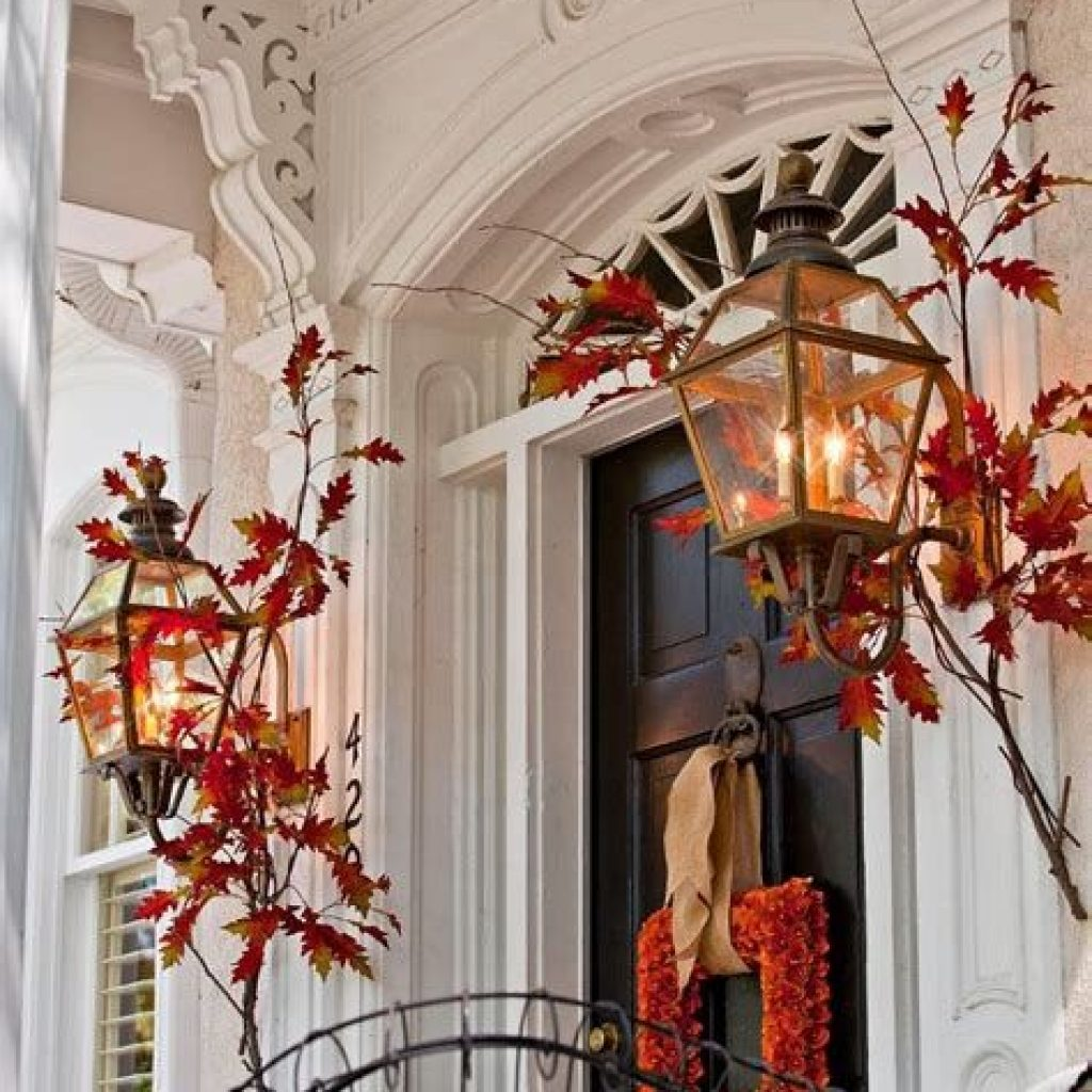 Creative Fall Front Door Decor Ideas To Be Inspired 25