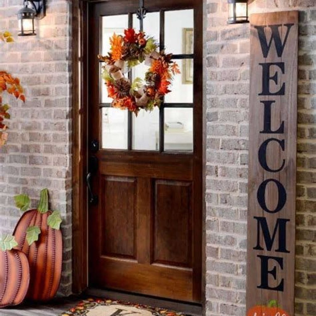 Creative Fall Front Door Decor Ideas To Be Inspired 30