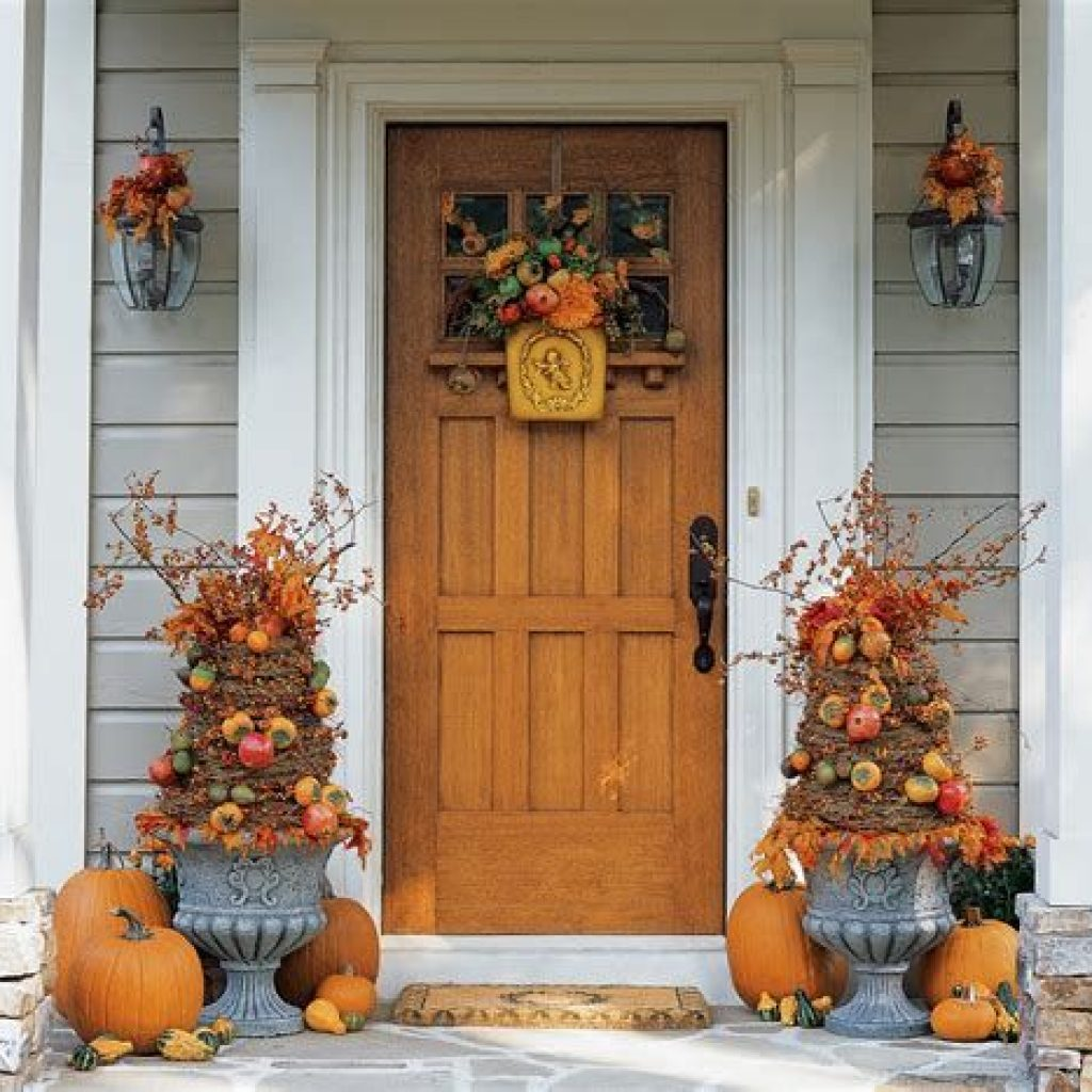 Creative Fall Front Door Decor Ideas To Be Inspired 39