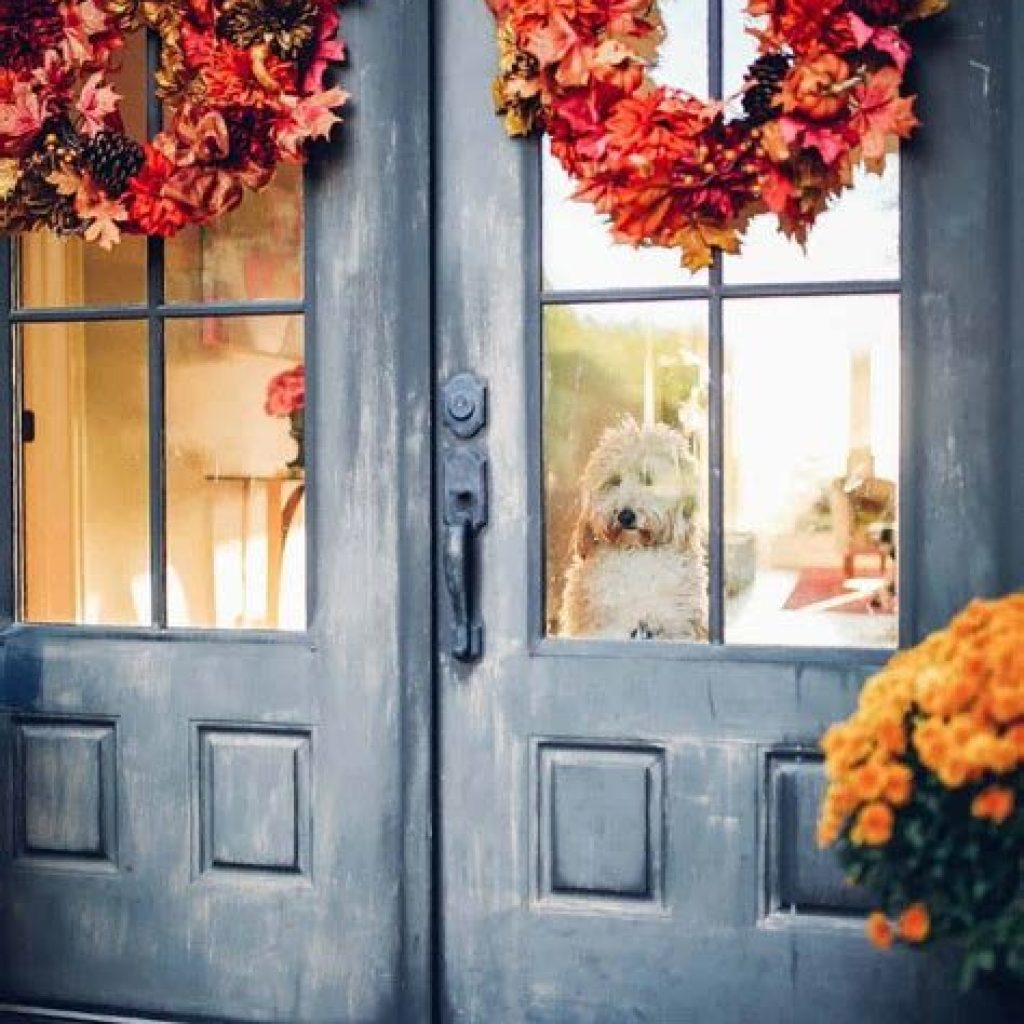 Creative Fall Front Door Decor Ideas To Be Inspired 40
