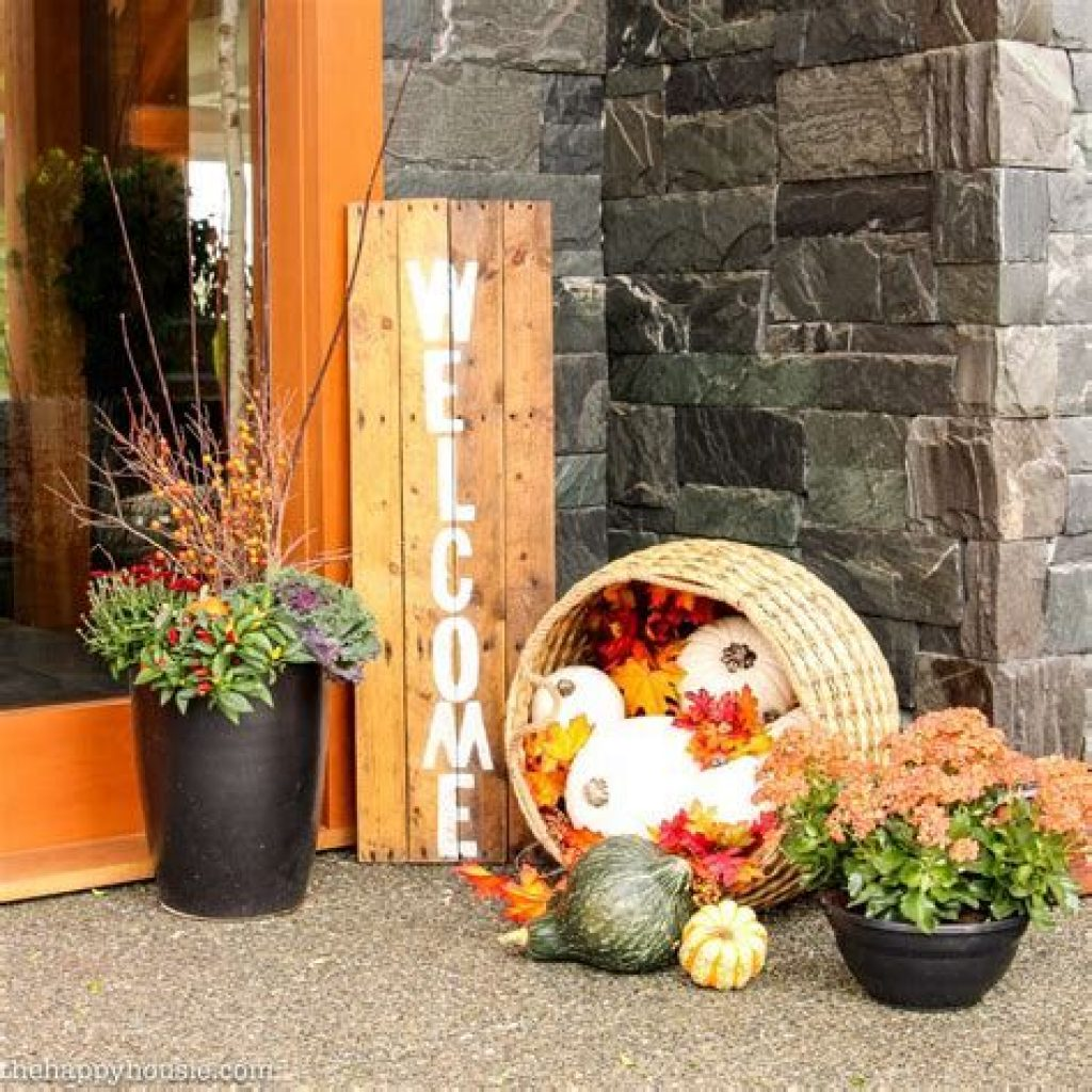 Easy Outdoor Fall Decoration To Inspire Yourself 10
