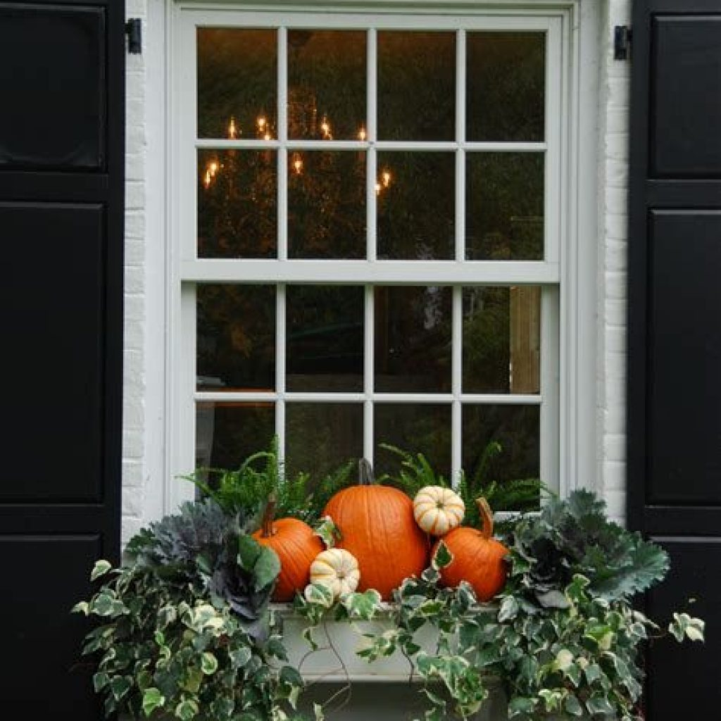 Easy Outdoor Fall Decoration To Inspire Yourself 12