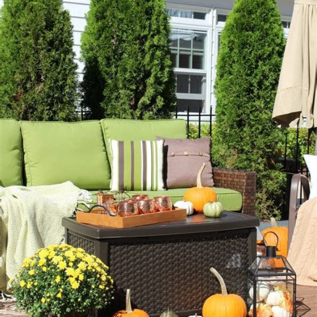 Easy Outdoor Fall Decoration To Inspire Yourself 21