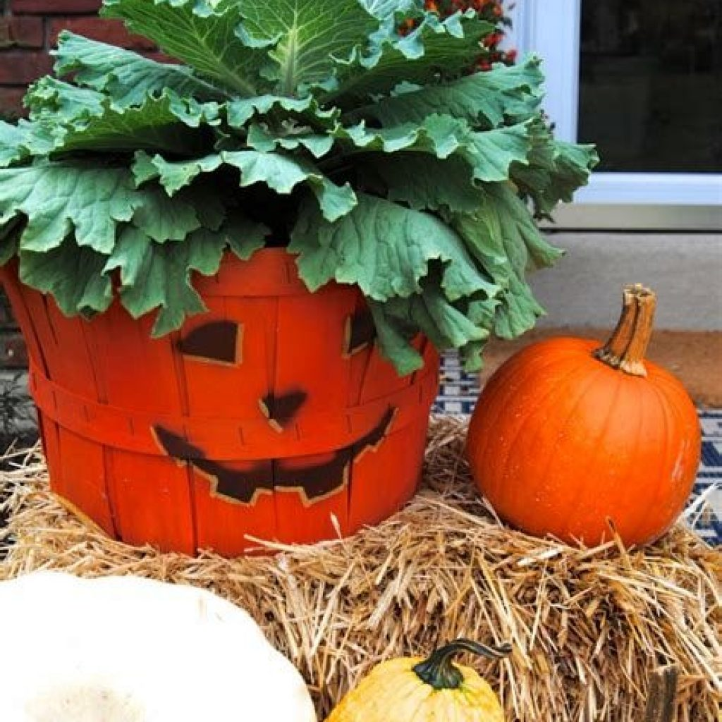 Easy Outdoor Fall Decoration To Inspire Yourself 28
