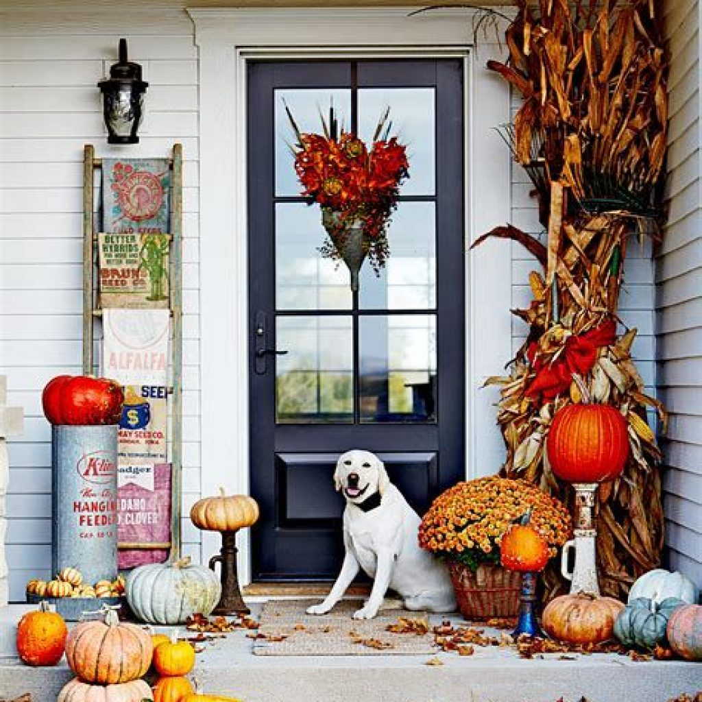Fabulous Fall Decoration For Your Front Terrace 24