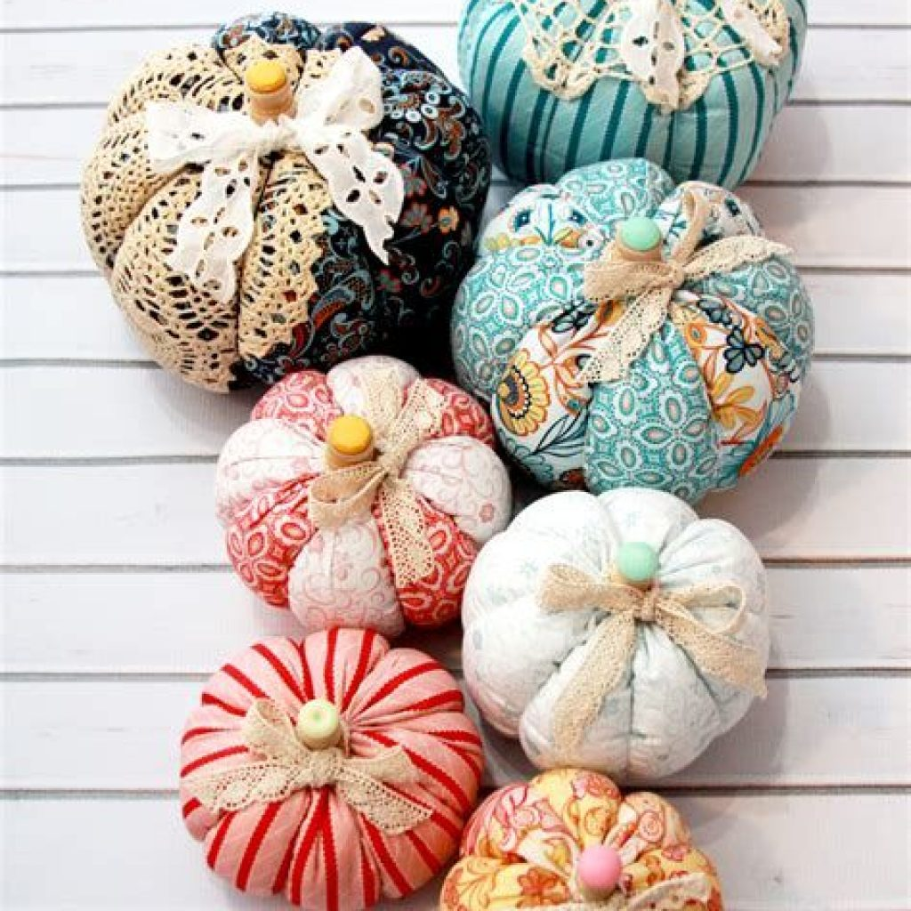Fancy Diy Fall Craft Ideas To Bring Autumn To Your Home 40