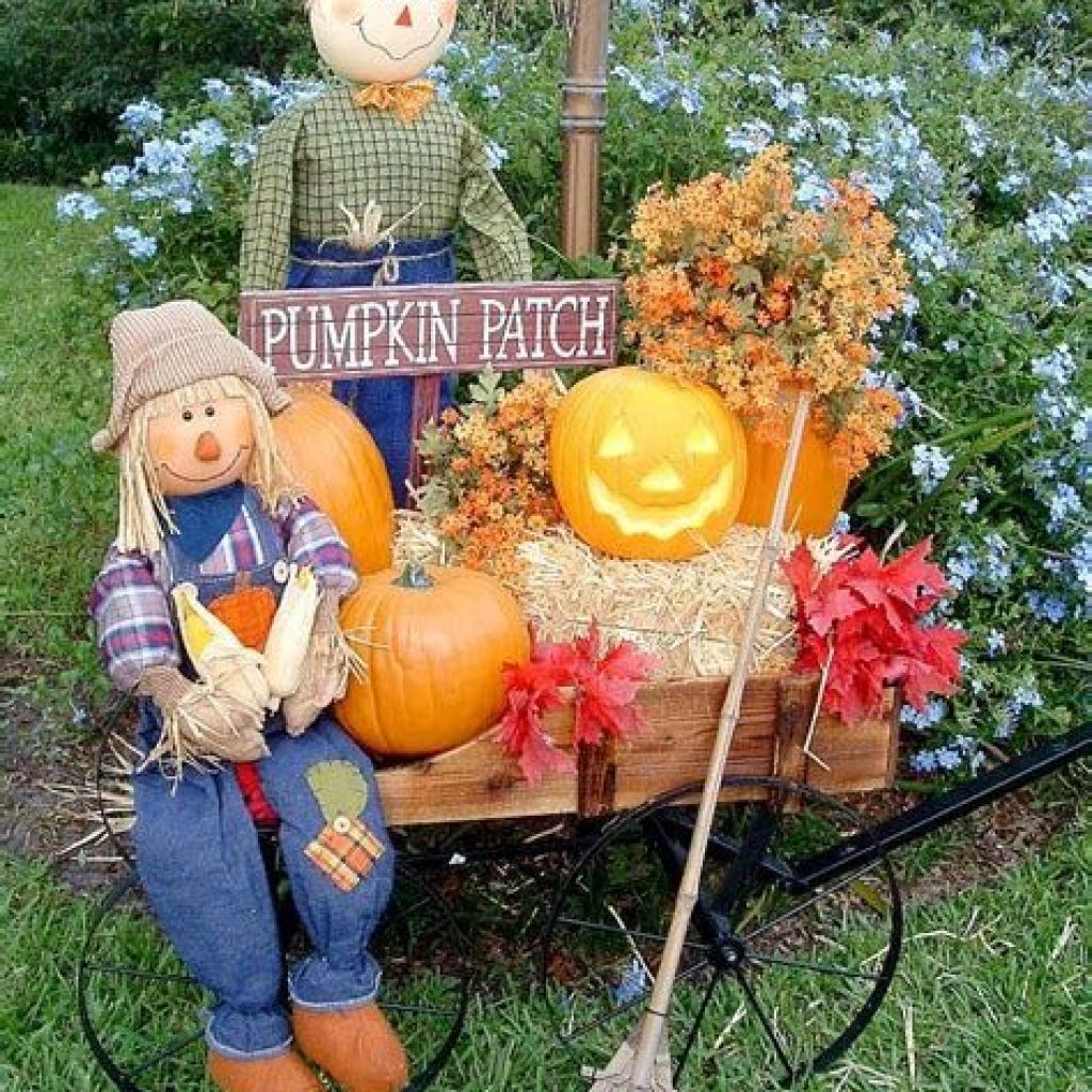 Fantastic Backyard Decoration For Fall This Year 02