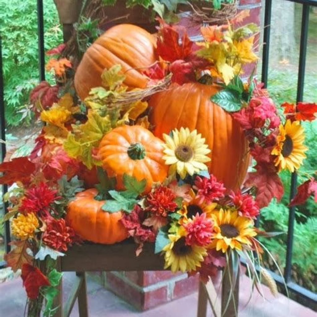 Fantastic Backyard Decoration For Fall This Year 06