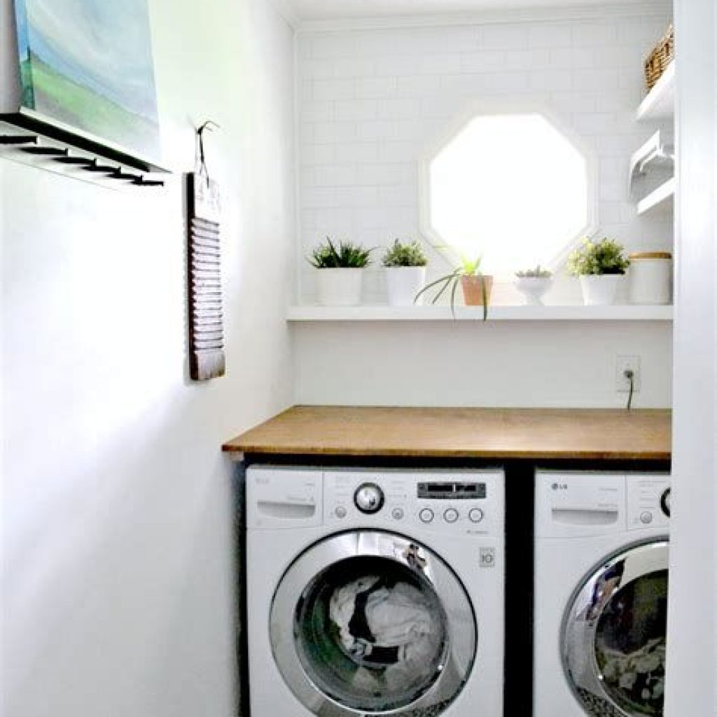 Fresh Minimalist Laundry Room For Small Space 02