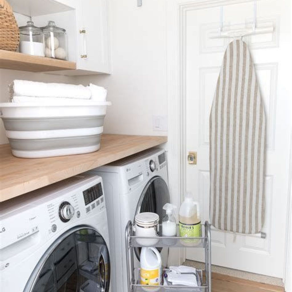 Fresh Minimalist Laundry Room For Small Space 04