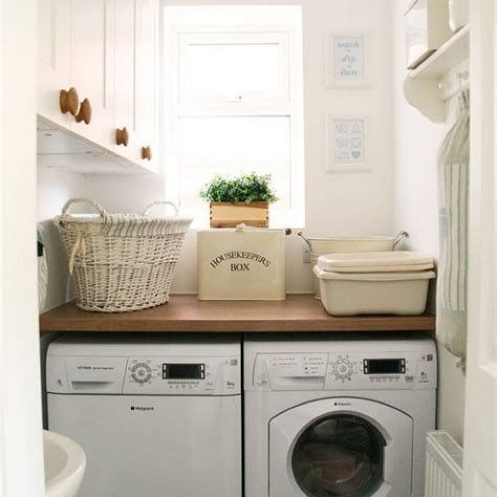Fresh Minimalist Laundry Room For Small Space 22