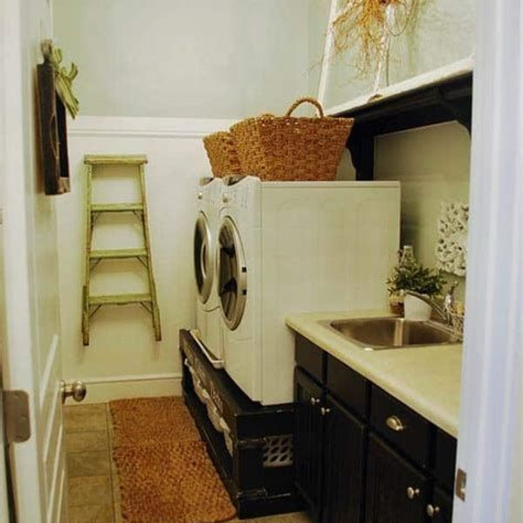 Fresh Minimalist Laundry Room For Small Space 23