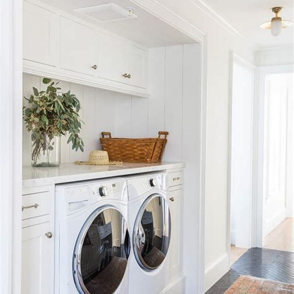 Fresh Minimalist Laundry Room For Small Space 35