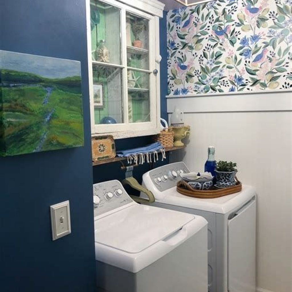 Fresh Minimalist Laundry Room For Small Space 42