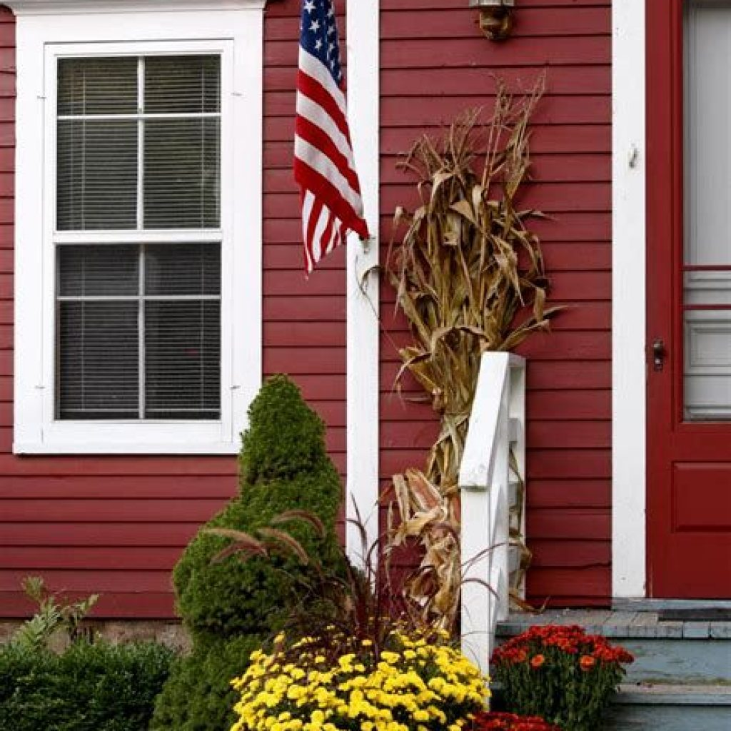 Incredible Fall Decoration For Your Front Yard On Budget 34