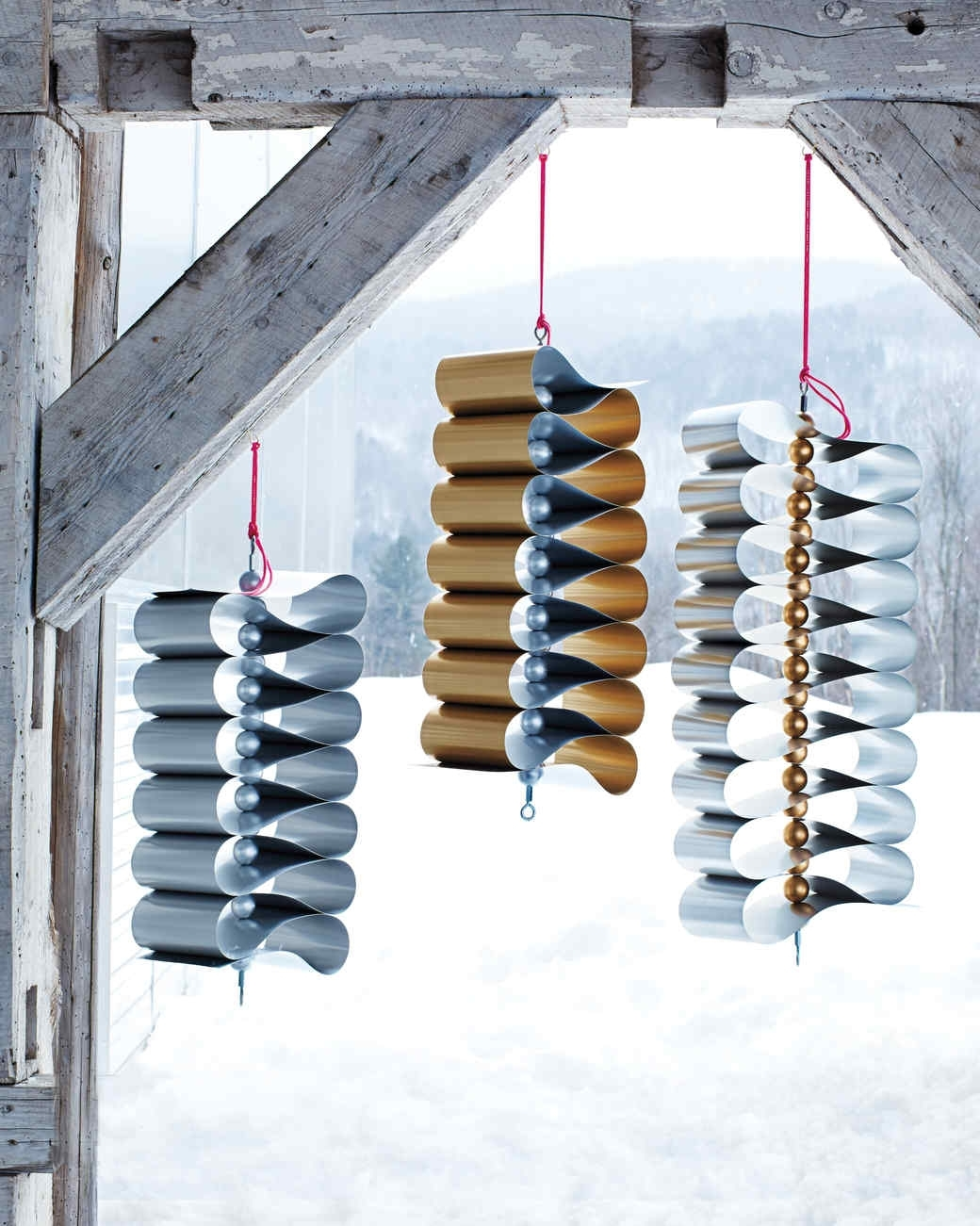 12 Outdoor Christmas Decorations To Make Your Home Festive