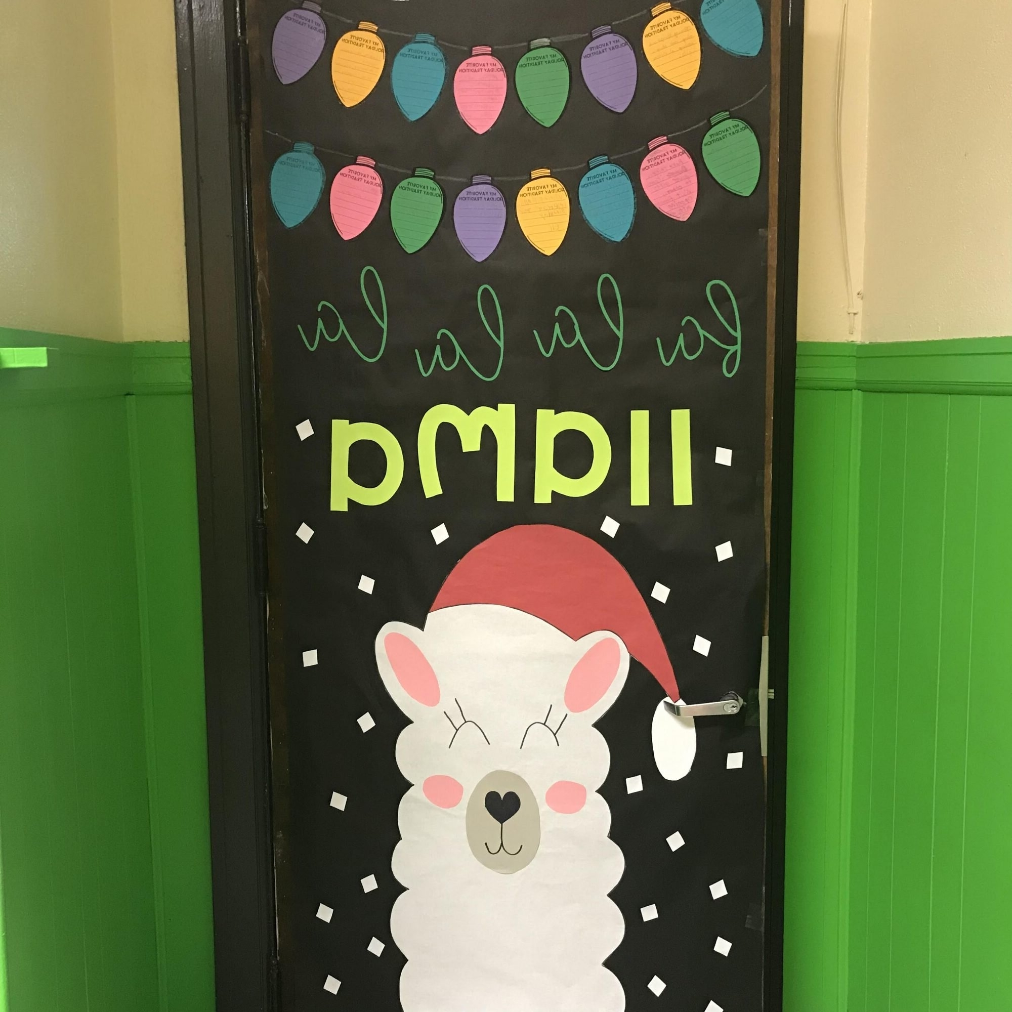 19 Cute Christmas Classroom Doors To Welcome The Holidays In