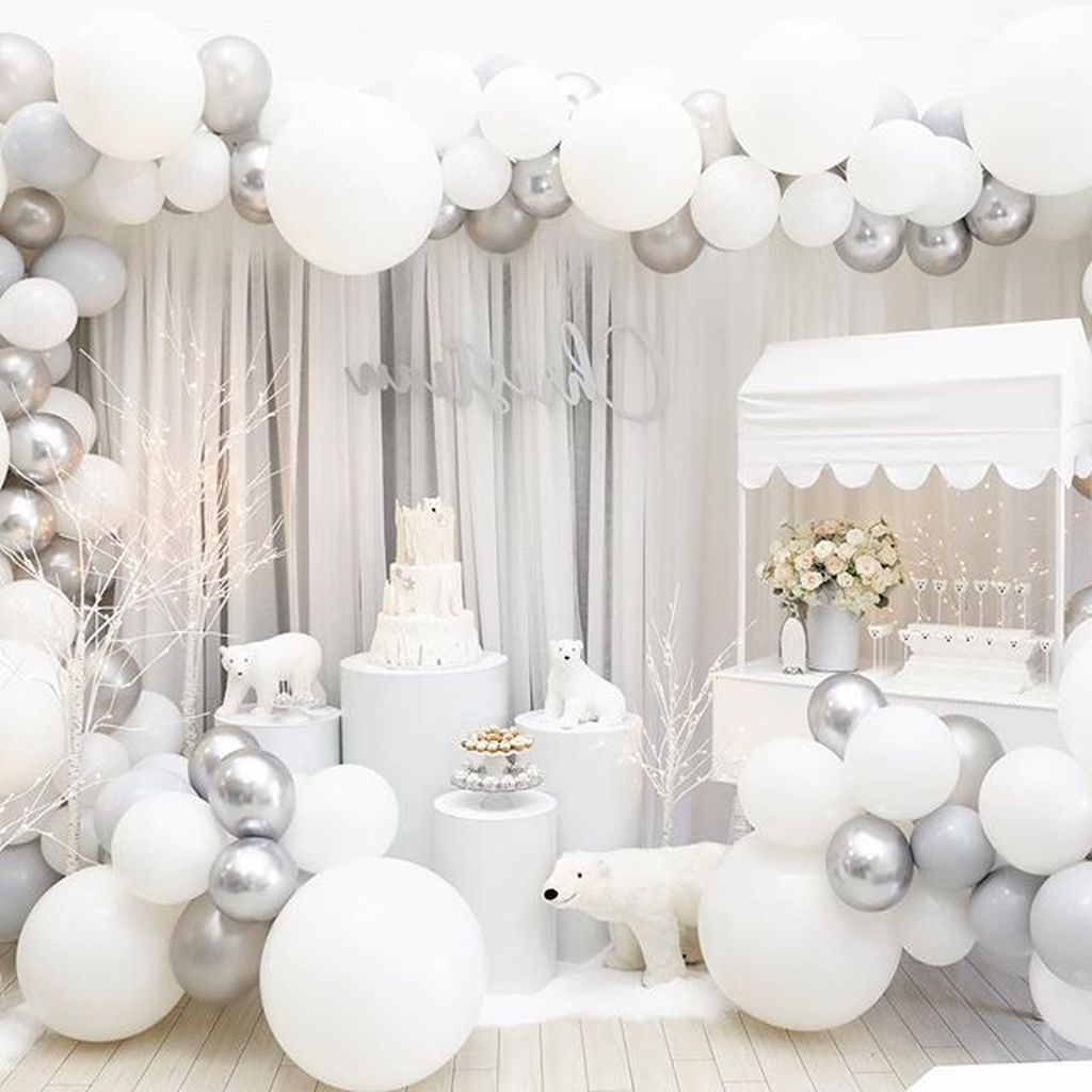 32 Awesome Winter Wonderland Party Decorations Ideas Magzhouse