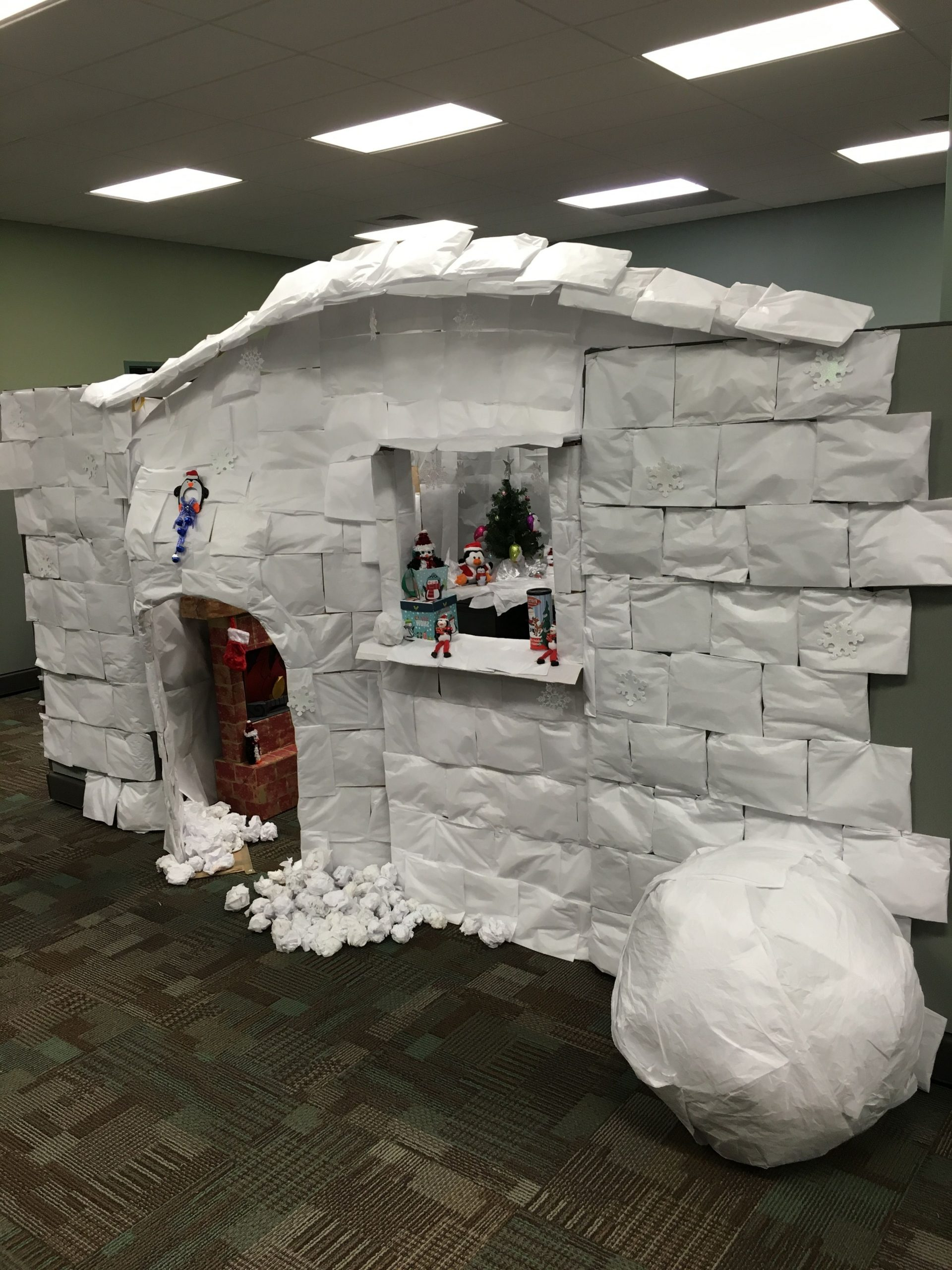 Cubicle Decoration Igloo Office Christmas Decorations