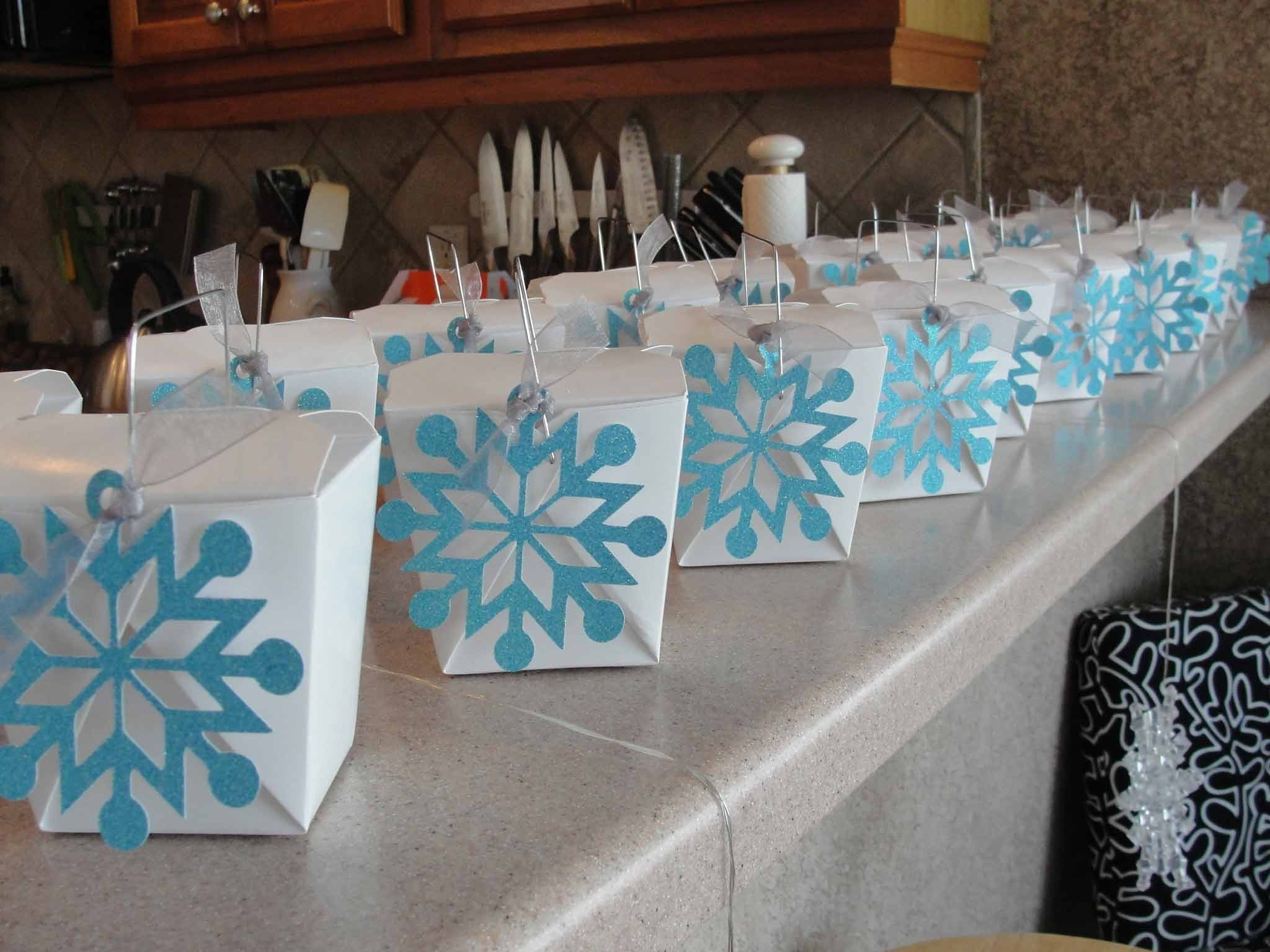 Five Exciting Parts Of Attending Winter Themed Decorations