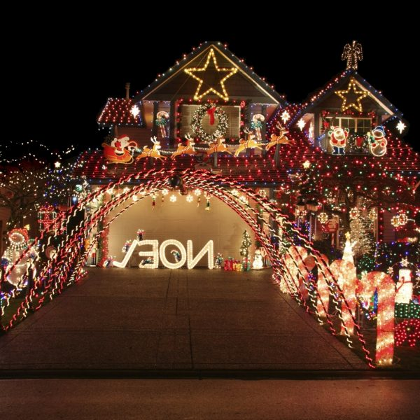 Outdoor Christmas Decorations To Create Your Own Winter