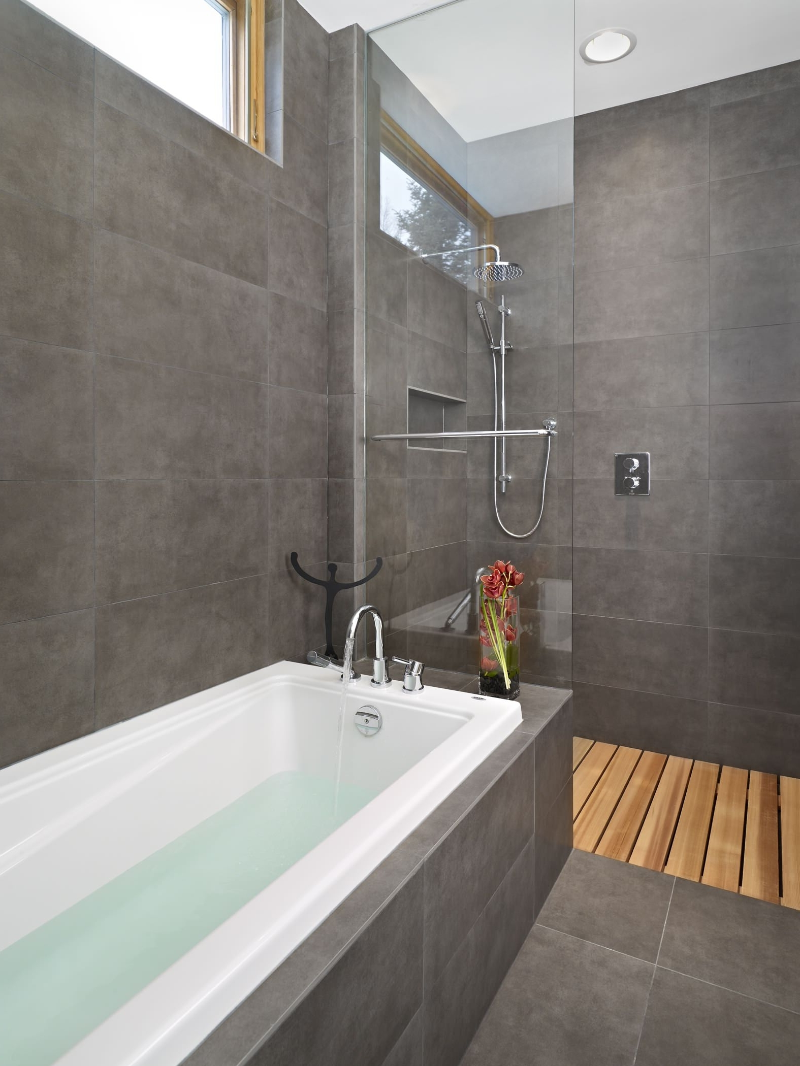 2X2 Modern Bathroom Ideas | Houzz 2X2 Bathroom Design