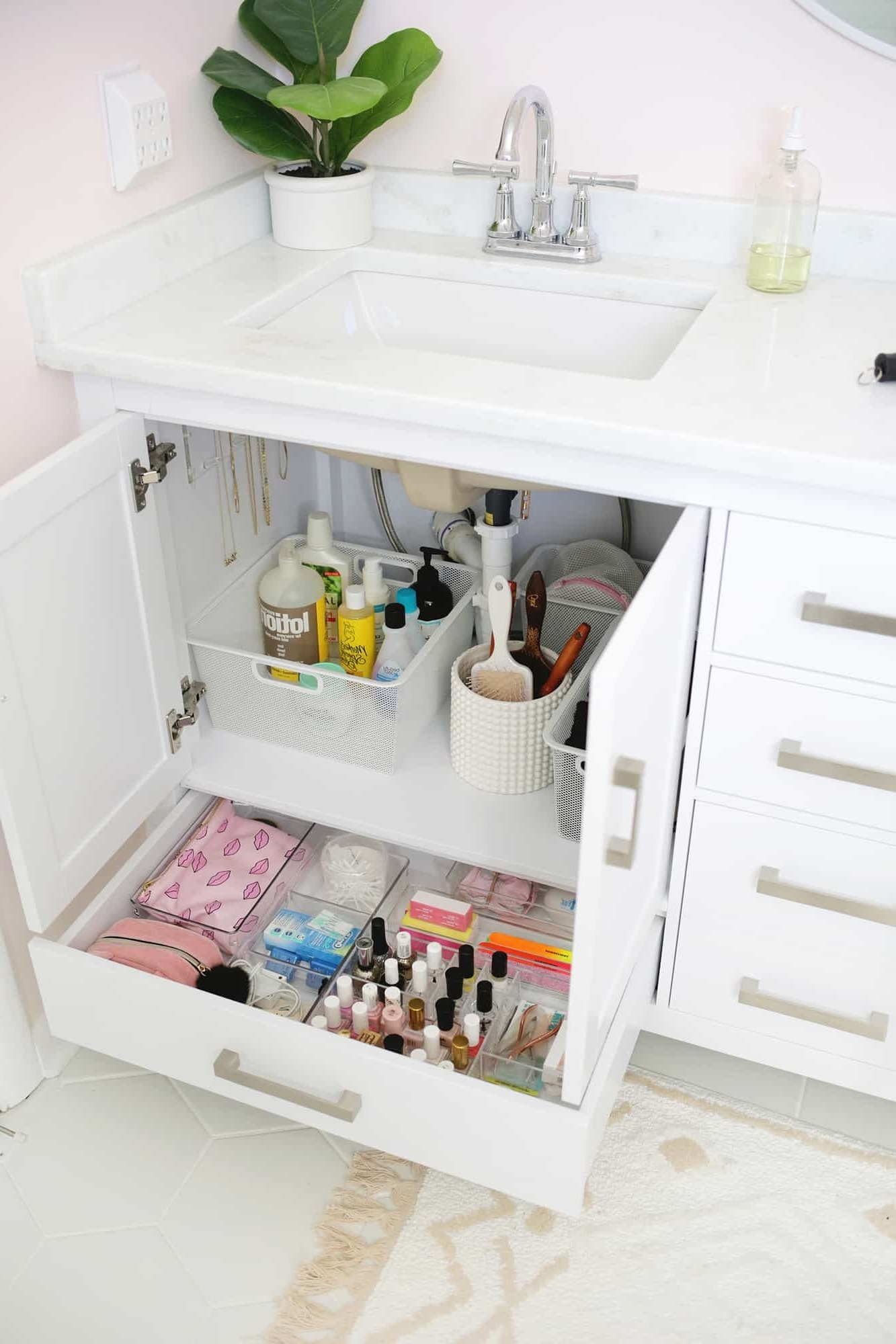 5 Bathroom Storage Mistakes (And How To Fix Them) A College Bathroom Storage