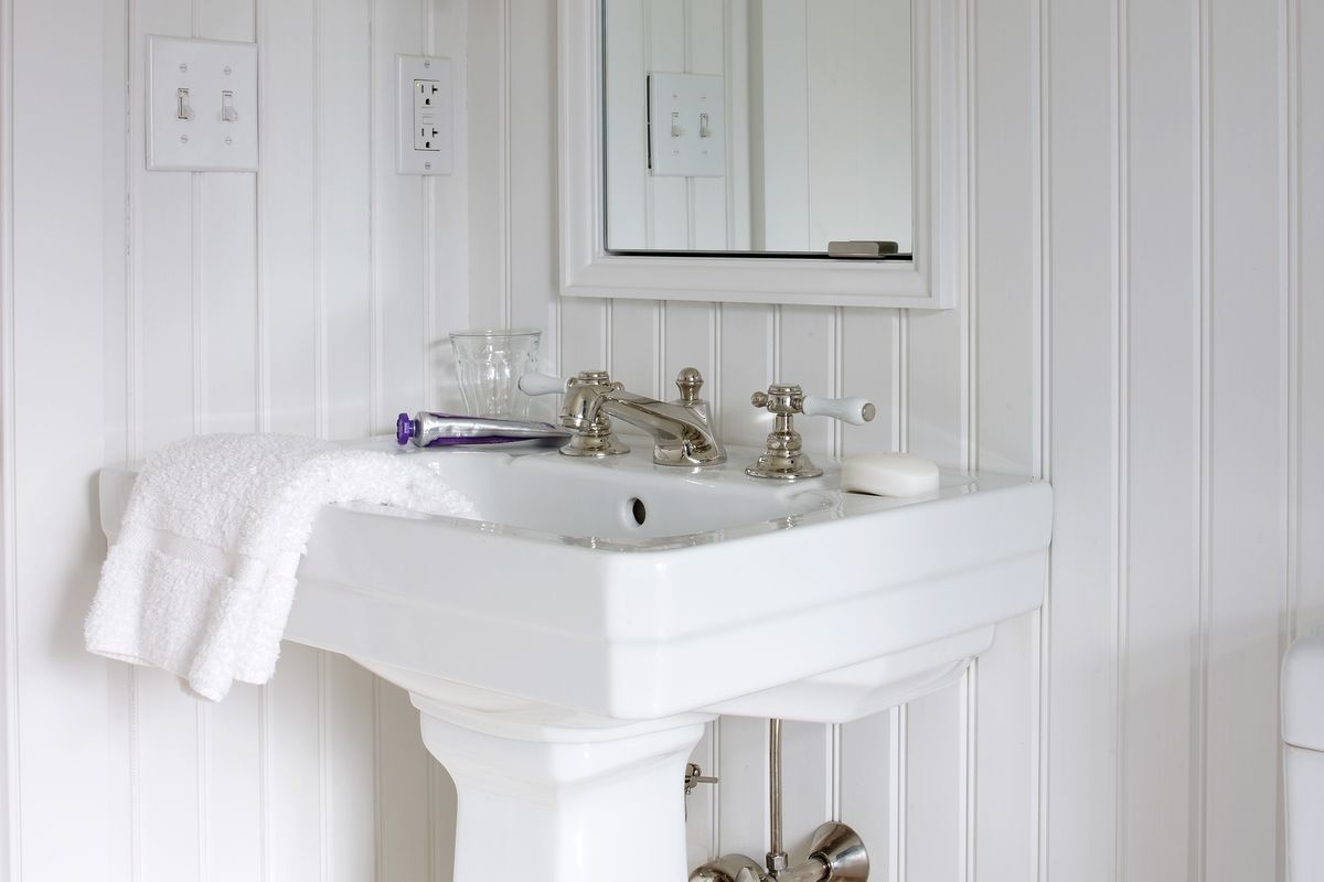6 Tips On Shopping For Beadboard This Old House Using Beadboard In A Small Bathroom