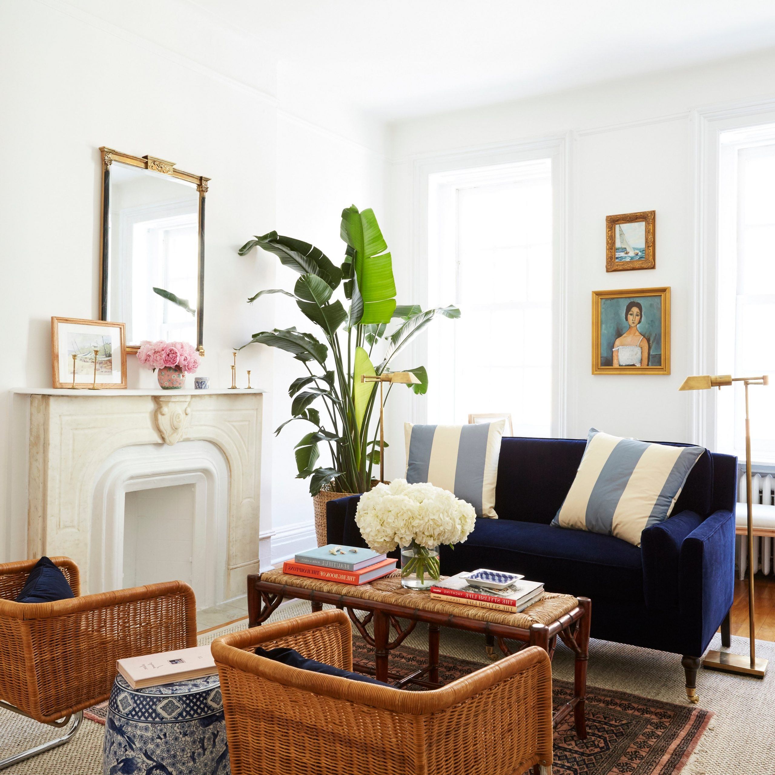 8 Small Living Room Ideas That Will Maximize Your Space 14X12 Living Room