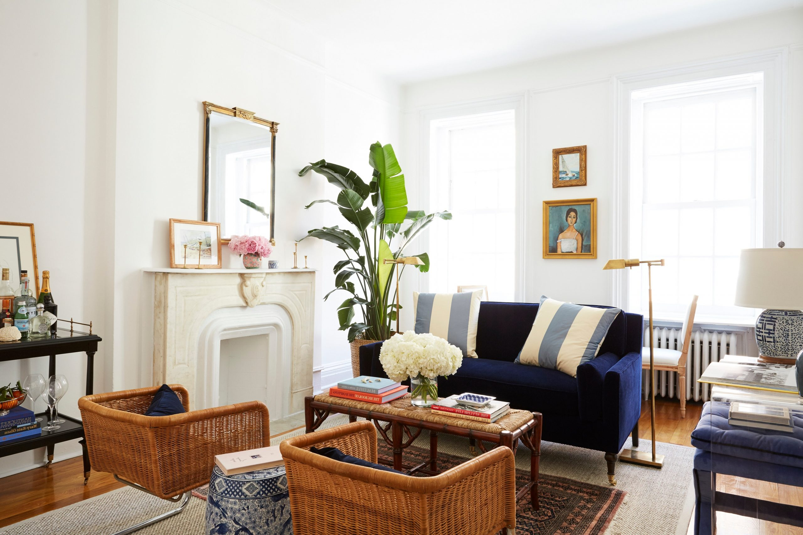 8 Small Living Room Ideas That Will Maximize Your Space 30+ Decorating An Awkward Living Room Ideas