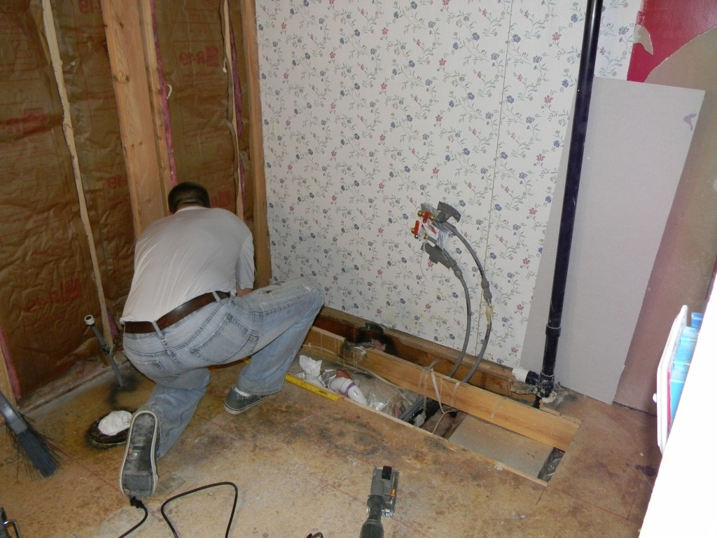 A Bathroom Remodel That Won'T Push You Over Your Fiscal 40+ Mobile Home Bathroom Renovation Ideas