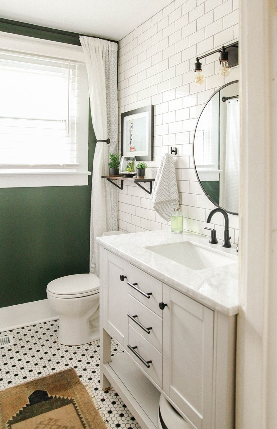 An East Nashville Airbnb + Favorite Local Spots. | In Honor 10+ Airbnb Bathroom Ideas