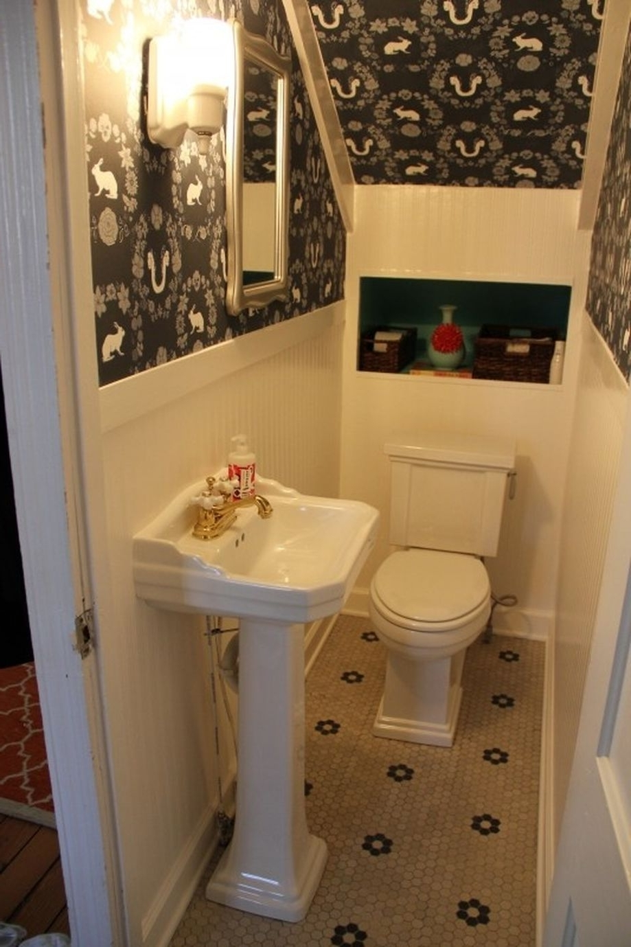 Awesome Cool Ideas To Make Toilet Under Stairs 21 Rockindeco Bathroom Under Stairs Design