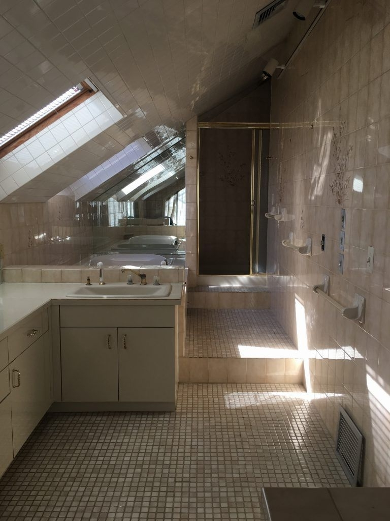 Bathrooms Pitched Roof Decor Storiestrending | Pitched 10+ Pitched Roof Bathroom Ideas